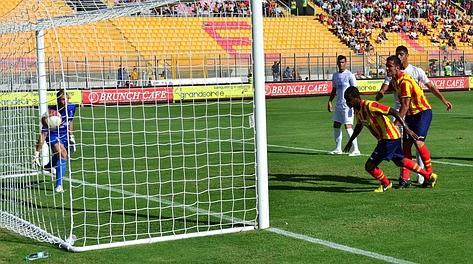 Lecce-Tritium, il gol di Diniz